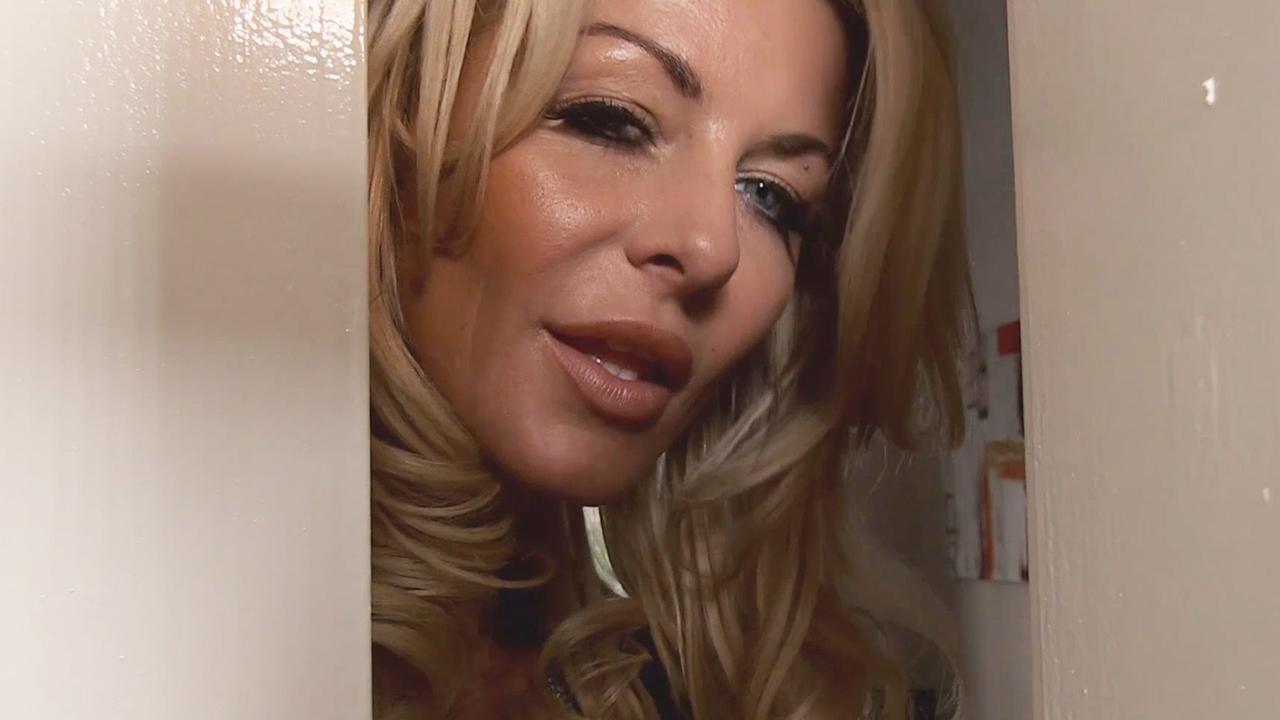 Latina Milf Pussy Up Close