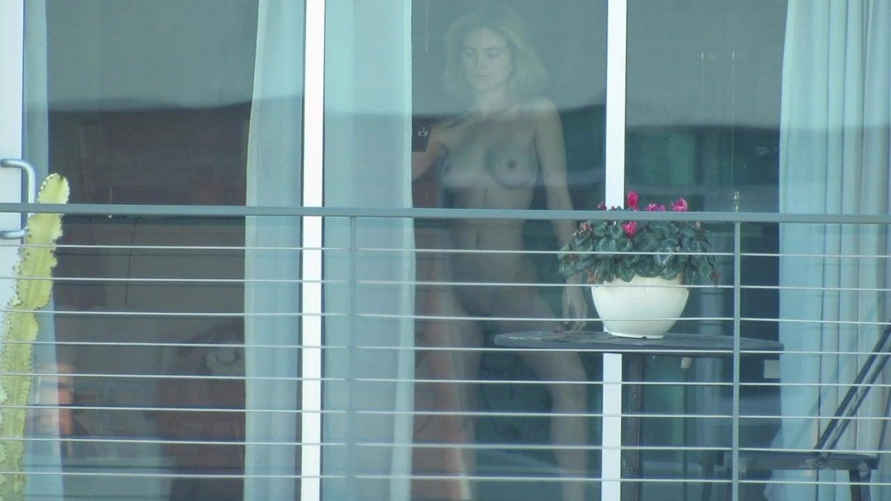 Amateur Neighbor Window Voyeur