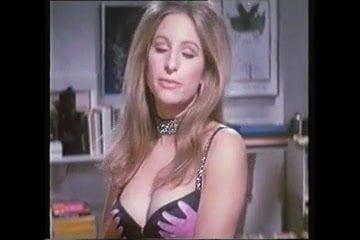Streisand naked barbra Barbra Streisand