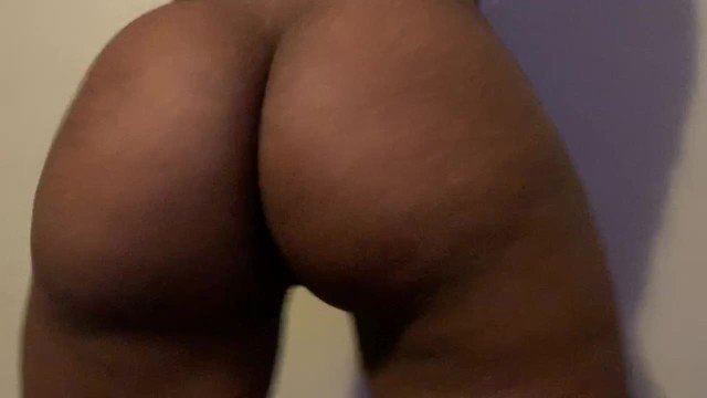 girl squirting guys mouth